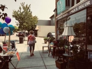 2018 Summer Sidewalk Sale 53